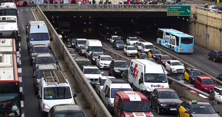 El automóvil impugna el nuevo impuesto del CO2 de Catalunya
