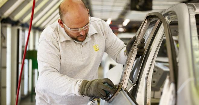 Incertidumbre de los trabajadores de Nissan y Renault en España