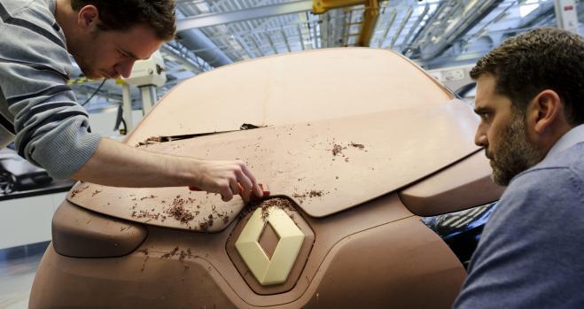 Renault desafía a Nissan y desmiente el fraude de Ghosn