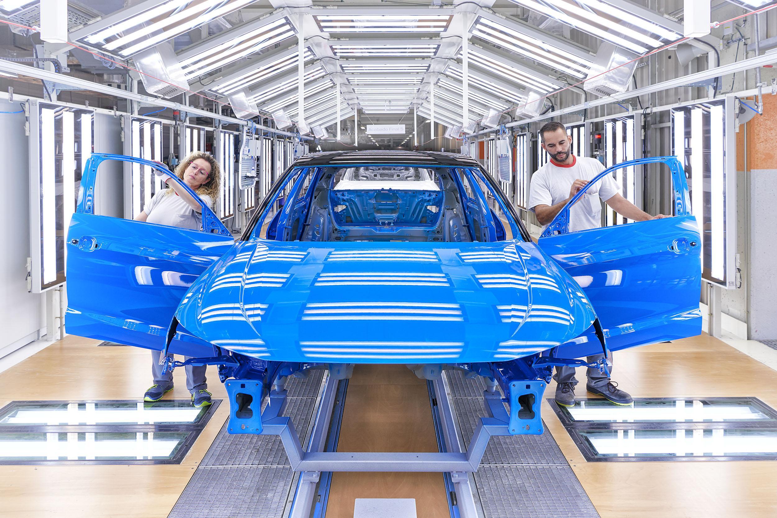 Seat eleva a 20.000 coches el impacto de la falta de motores