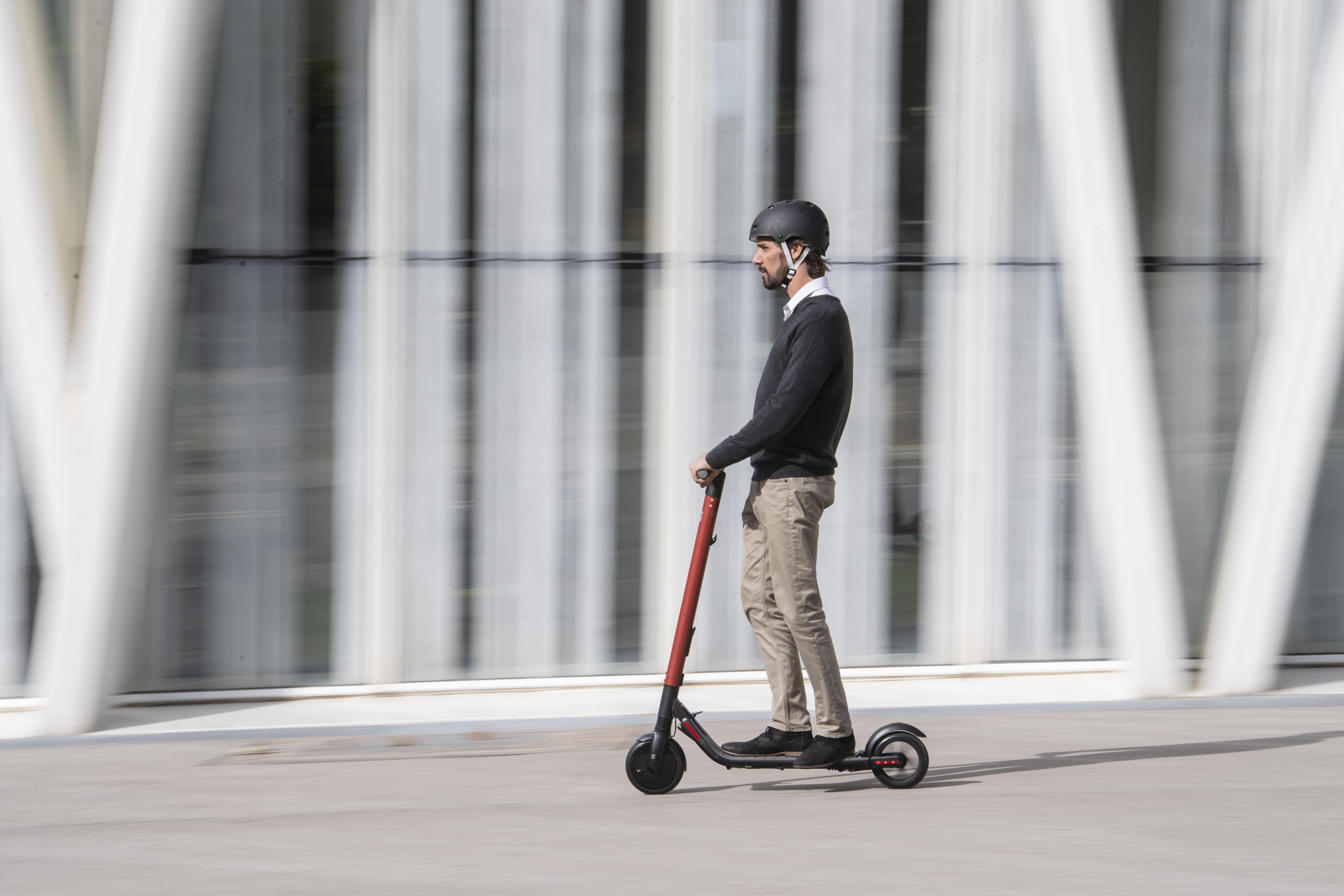 El nuevo modelo de Seat es un patinete eléctrico
