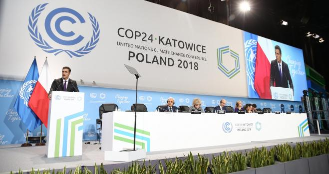 """La industria pide un """"ajuste de empleo creativo"""" para reducir el CO2"""