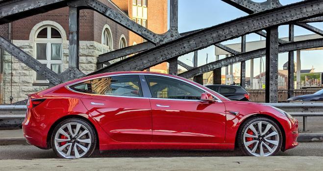 El Tesla Model 3 se empieza a vender en España
