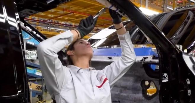 Nissan recortará 500 empleos e invertirá 70 millones en Barcelona