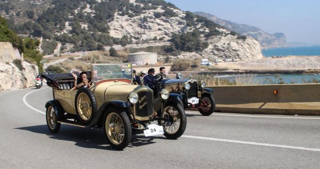 El Rally Barcelona Sitges homenajea a los pioneros del automóvil